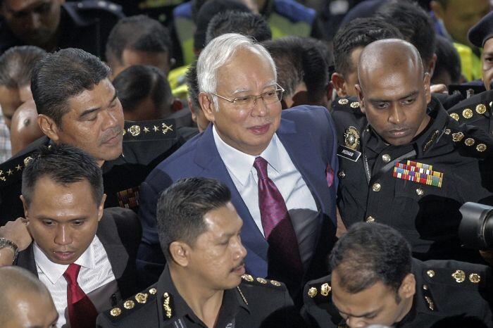 Nasib Najib Razak setelah ditangkap lembaga antirasuah Malaysia
