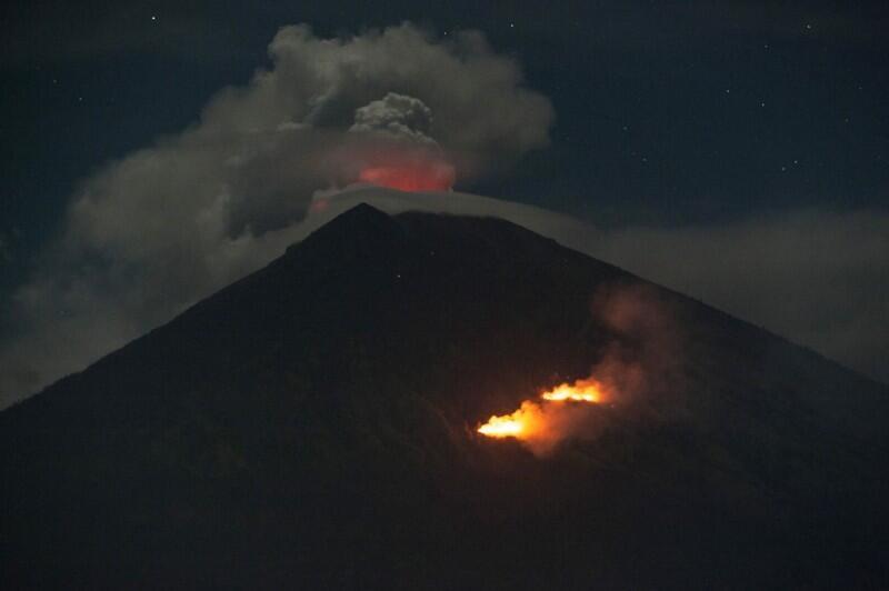 Magma Baru Tambah Tekanan Gunung Agung