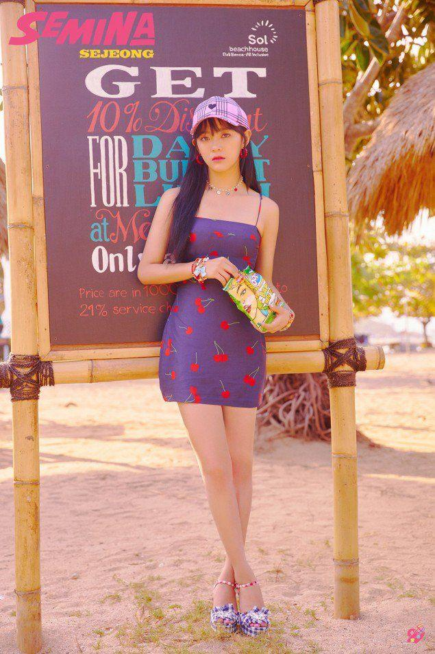 Pemotretan di Bali, Intip 10 Potret Kece Girlband KPop Gugudan