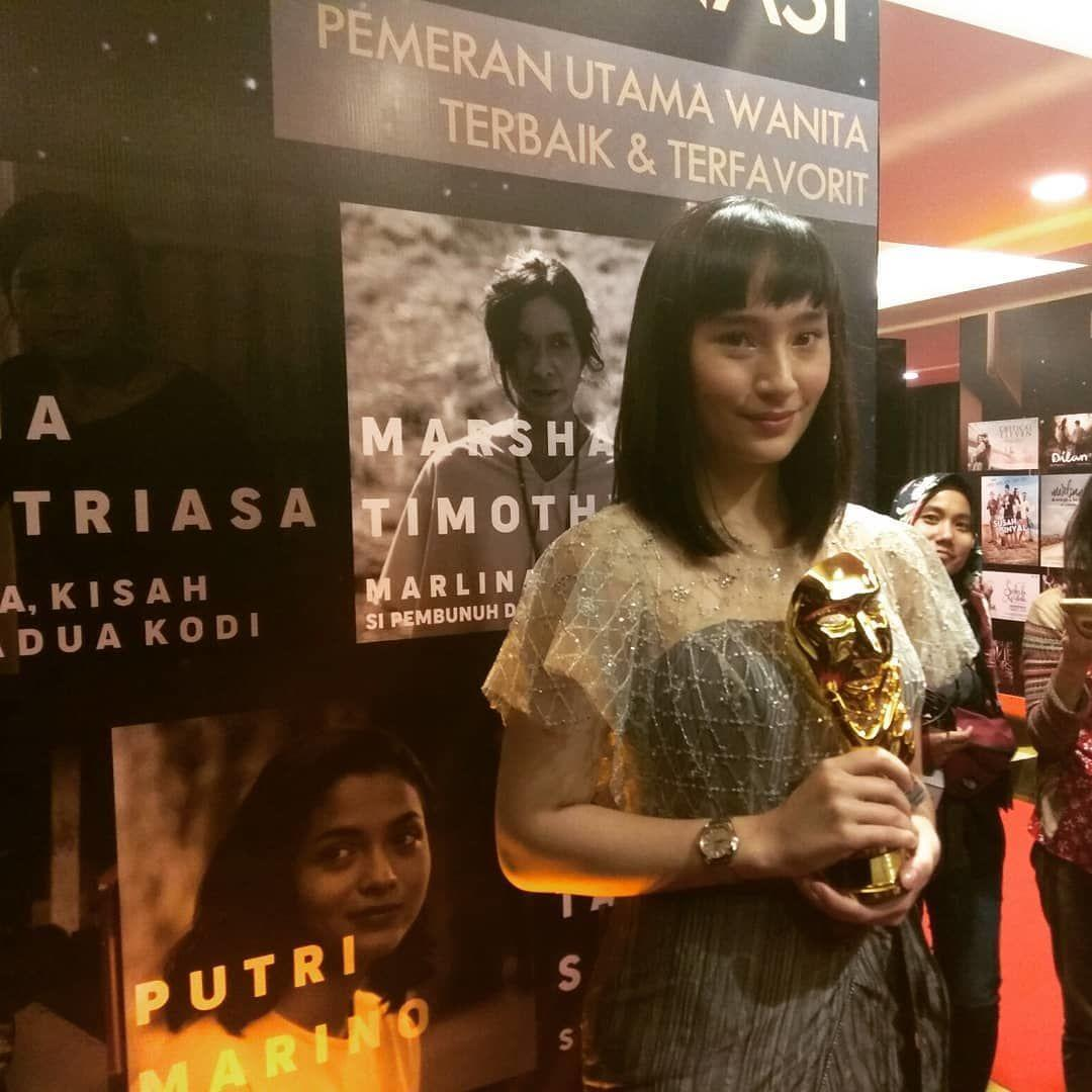 9 Penampilan Memukau Selebriti di Indonesian Movie Actors Awards 2018