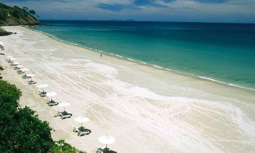 Selain Pink Beach, Ini 5 Pantai Terbaik dan Masih Perawan di Lombok