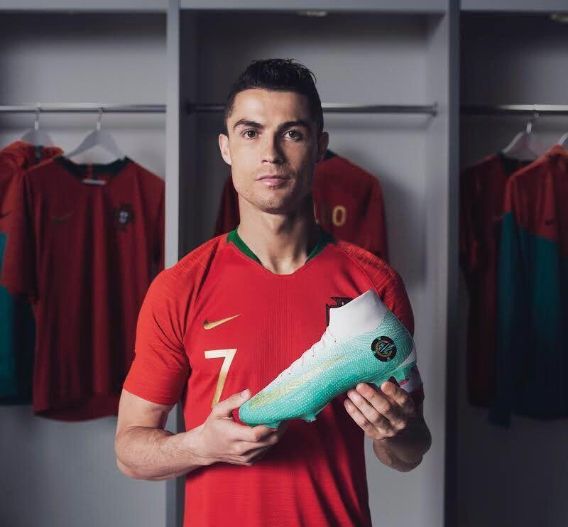 Teka-teki Masa Depan Ronaldo Terungkap, Juventus Jadi Pelabuhannya?