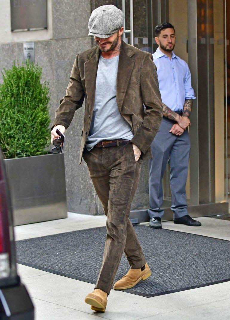 9 Tampilan Outfit Manly dengan Topi ala David Beckham