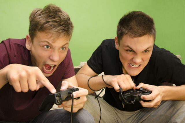 [Share] Beberapa Alasan Game Online Banyak Digemari Orang (Versi Ane)