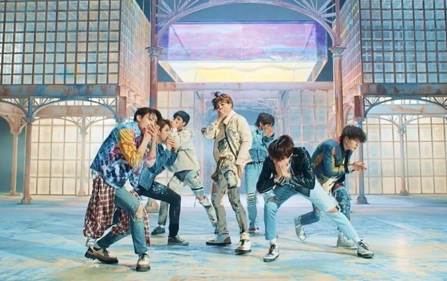 Didukung Banyak Fandom, 'Power' EXO Jadi Lagu Pilihan Piala Dunia 2018