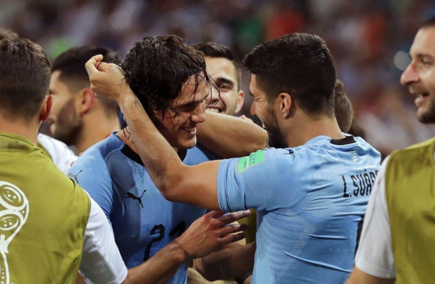 Giggs: Cavani & Suarez Harus Jadi Inspirasi Pemain Muda untuk Sukses