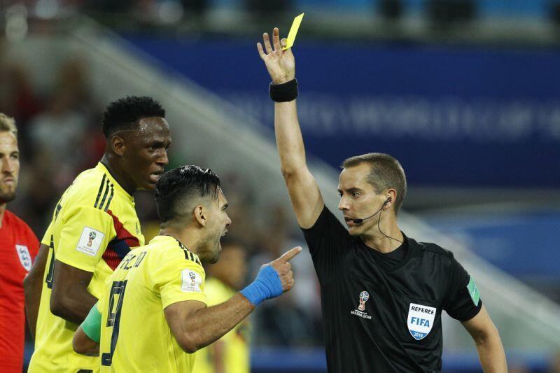 Tak Terima, Fans Kolombia Rilis Petisi Laga Lawan Inggris Diulang