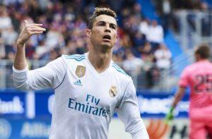 Cristiano Ronaldo Resmi Gabung Juventus Sebelum Piala Dunia 2018 Selesai