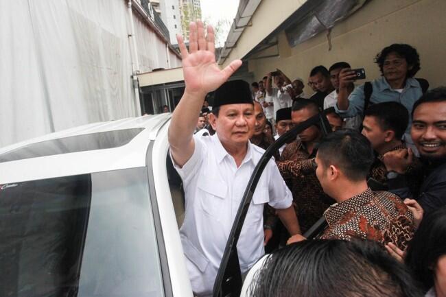 Prabowo Tak Risau TGB Dukung Jokowi