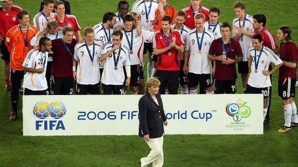 6 Tuan Rumah Ini Berhasil Capai Perempat Final Piala Dunia