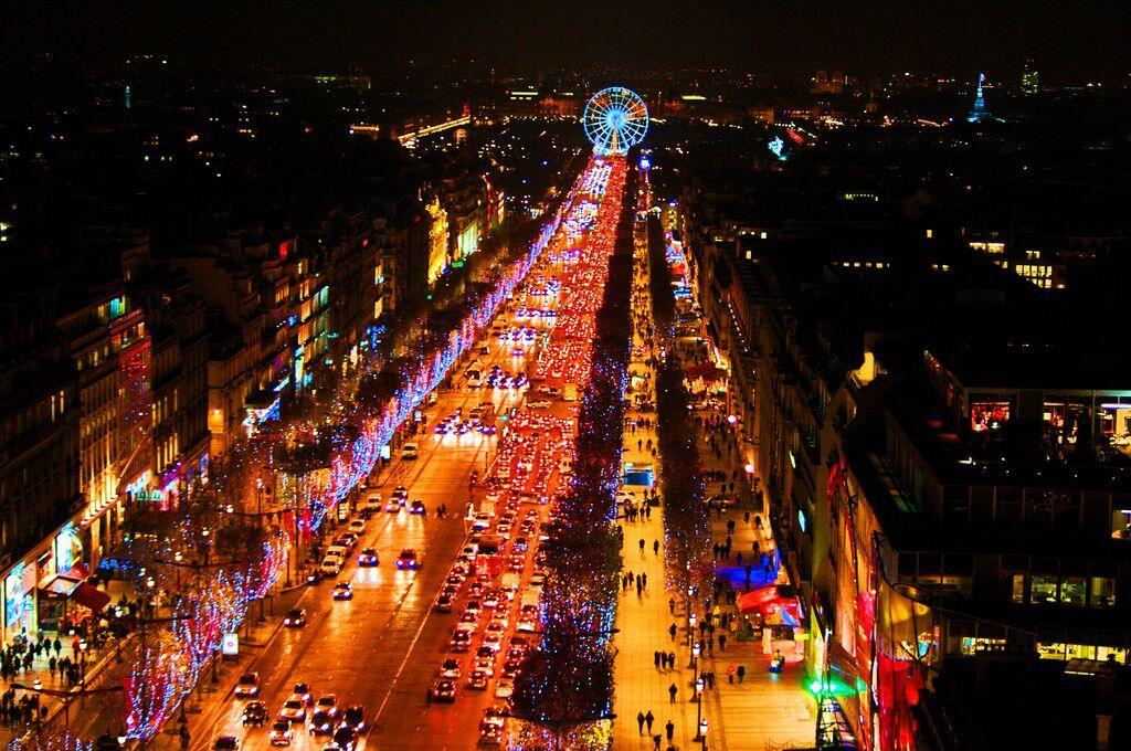 5 Hal yang Sebaiknya Tak Dilakukan Saat Liburan ke Paris, Gak Asyik!