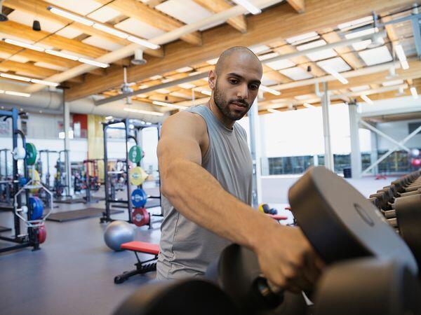 Bro, Inilah 5 Etika Cowok Saat Berada di Gym