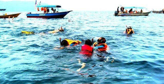5 Tips Snorkeling buat Kamu yang Gak Bisa Berenang, Gak Perlu Takut!