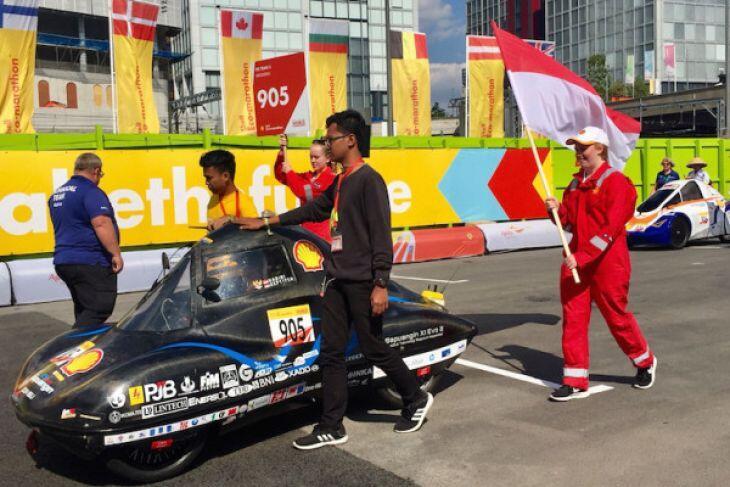 Tim Sapuangin dari ITS Team 2 Surabaya juara DWC di London