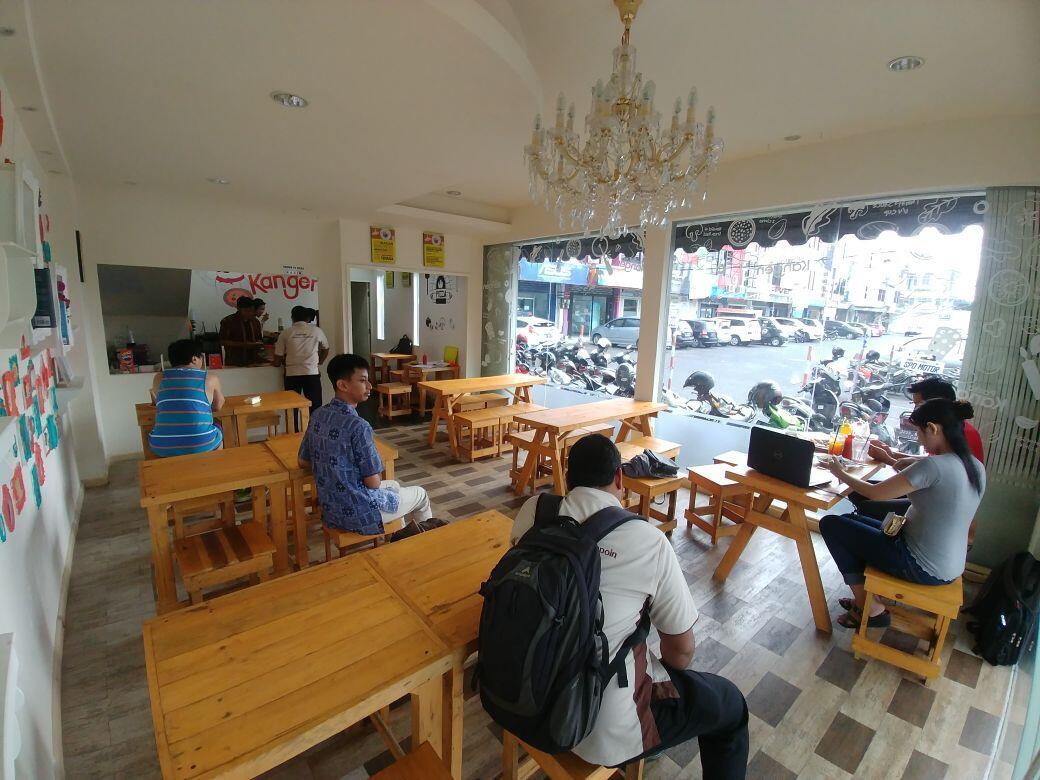 peluang usaha franchise,berbentuk cafe