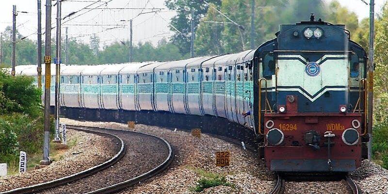 Kepala Stasiun Ketiduran karena Mabuk, Kereta di India Terlambat