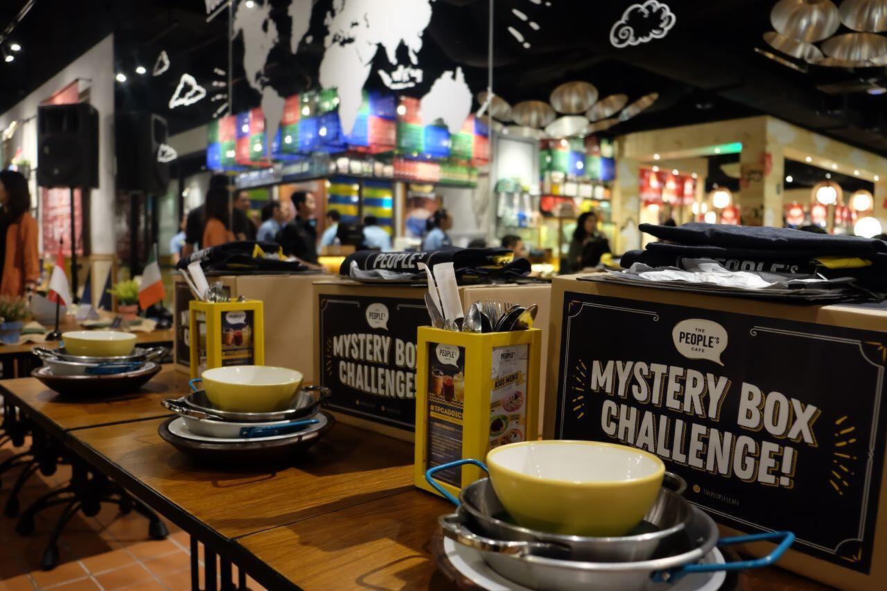 The People's Café, Solusi Tepat Saat Berdebat Mau Makan di Mana