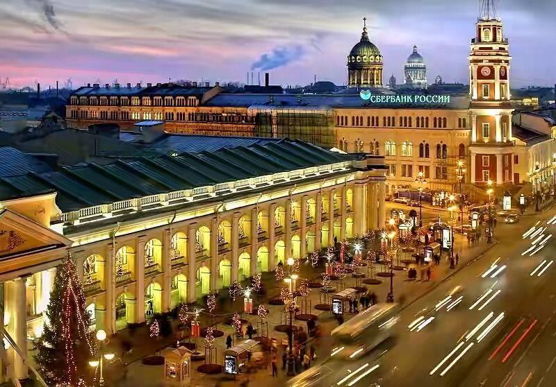 Rekomendasi Toko Souvenir di Kota St. Petersburg, Unik & Murah!