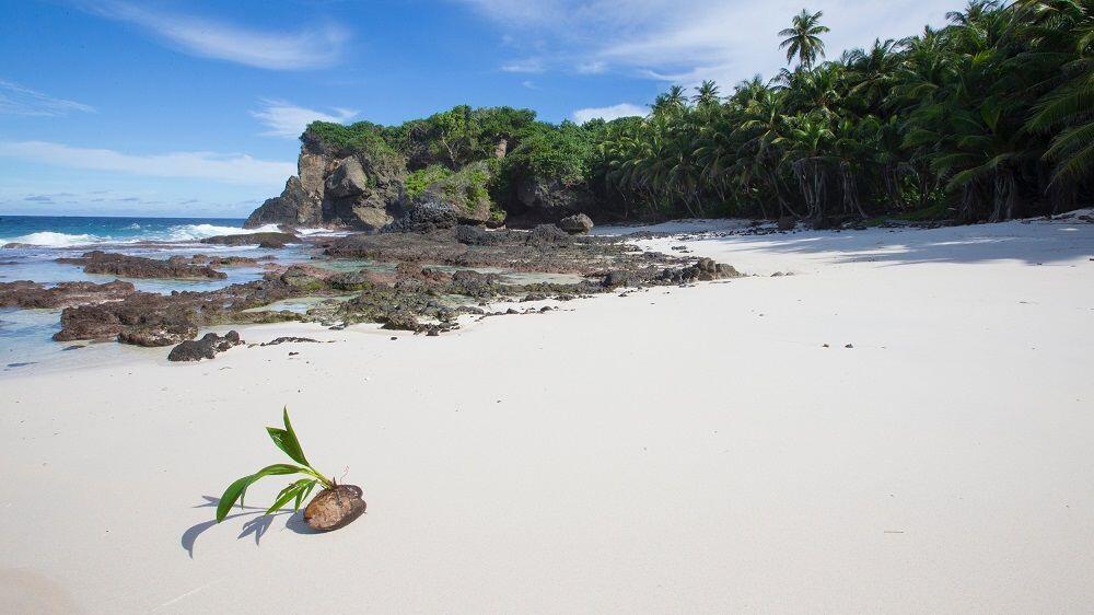 Waw! Ini Rasanya Tinggal di Pulau di Tengah Samudera Hindia
