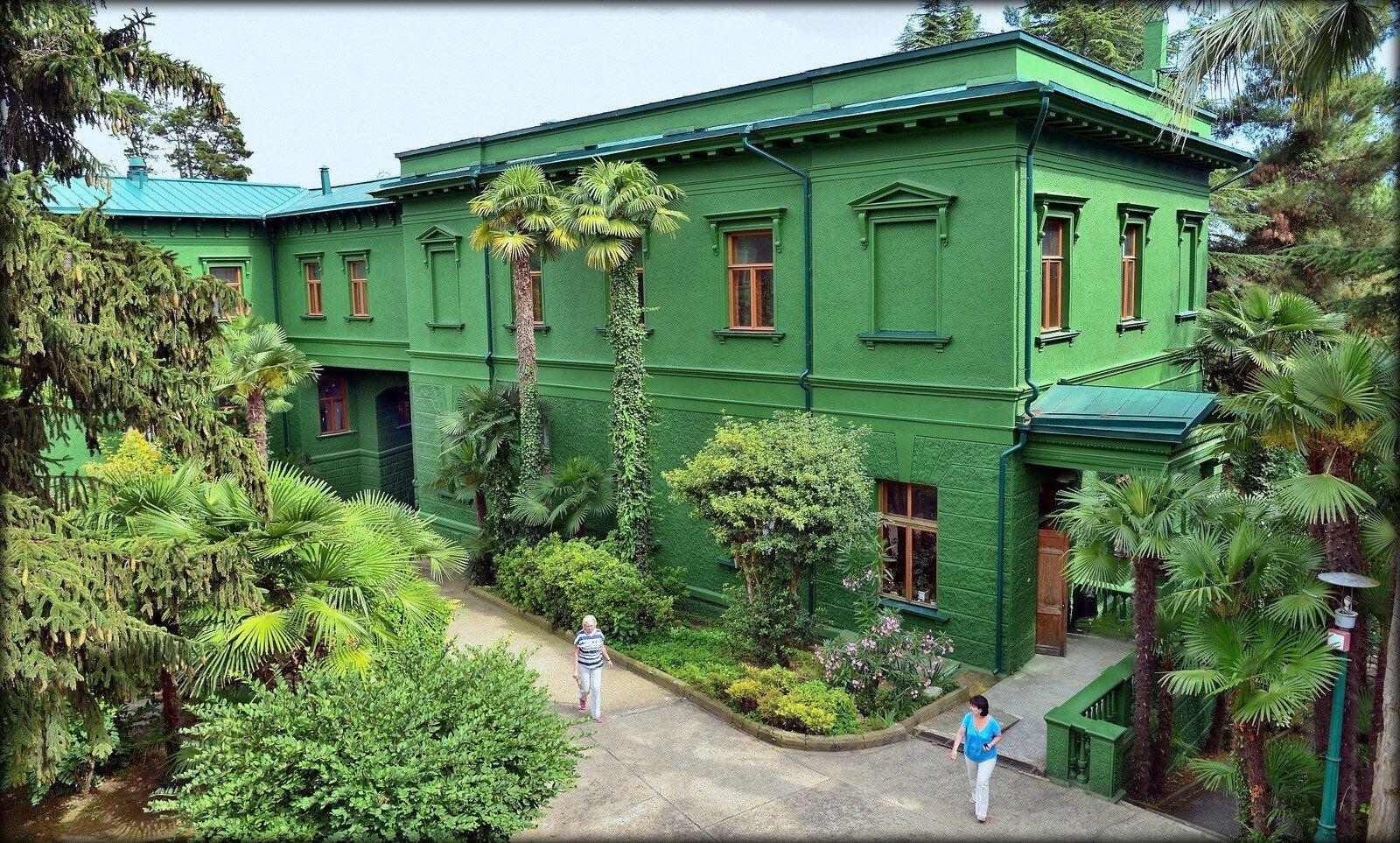 5 Wisata Museum di Sochi Rusia, dari Rumah Stalin Hingga Mobil Antik