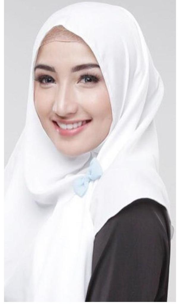 [INILAH] 11 Dokter cantik yang Berhijab Indonesia, pasti rela disuntik berkali kali.