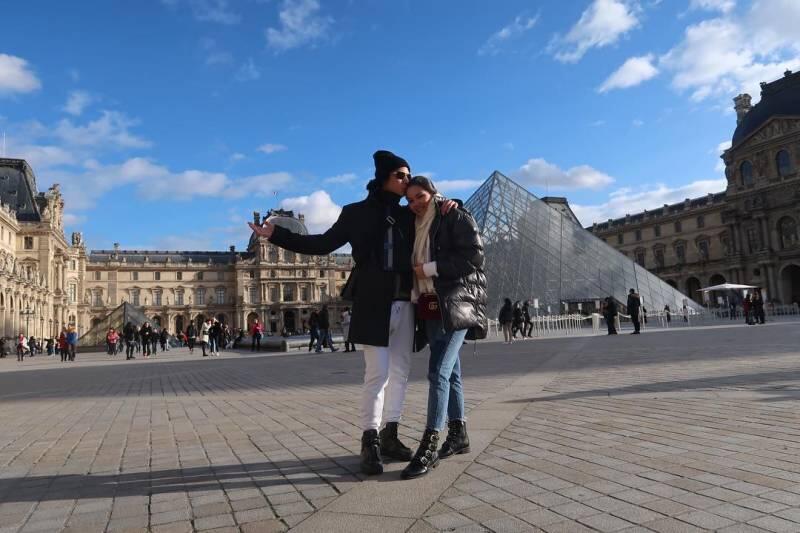 Masih Pacaran, Gaya Liburan 8 Selebritis Ini Udah Kayak Pasangan Lagi Honeymoon