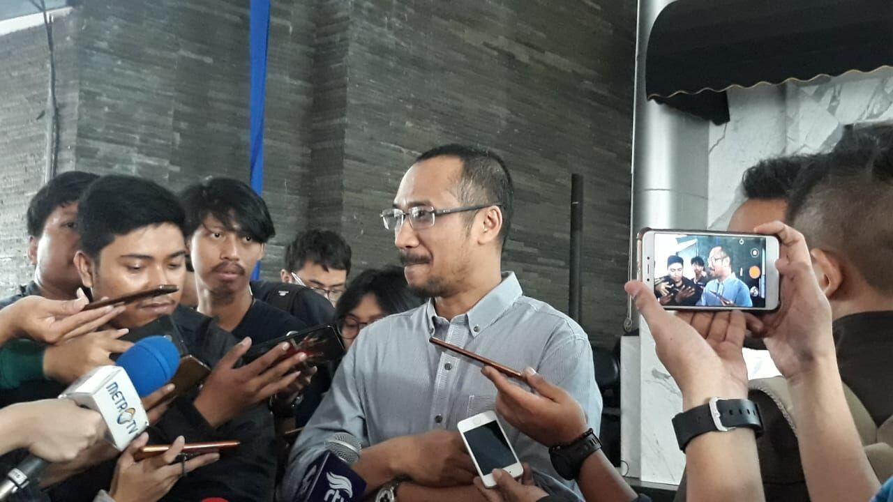Berkunjung ke Nasdem, Abraham Samad Tertarik Jadi Pendamping Jokowi?