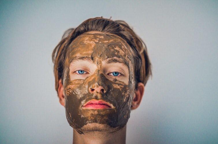 Baru Masuk ke Dunia Skincare? Ini 5 Panduan Awal yang Lengkap Untukmu