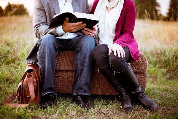 6 Hal yang Perlu Cowok Miliki Agar Siap Jadi Suami