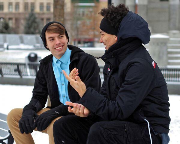 Bro, Kuasai 5 Cara Paling Ampuh Ini Untuk Memulai Percakapan