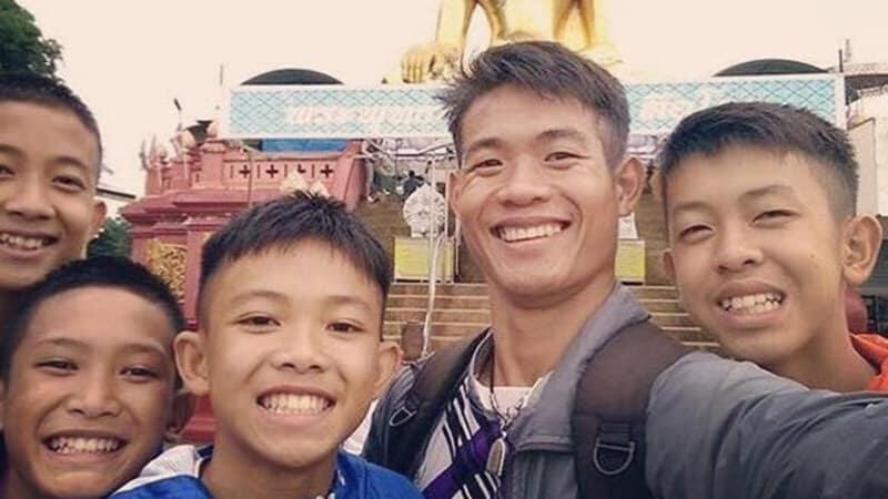 12 Anak dan Pelatihnya Berhasil dievakuasi dari Dalam Gua Tham Luang. Hooyah!