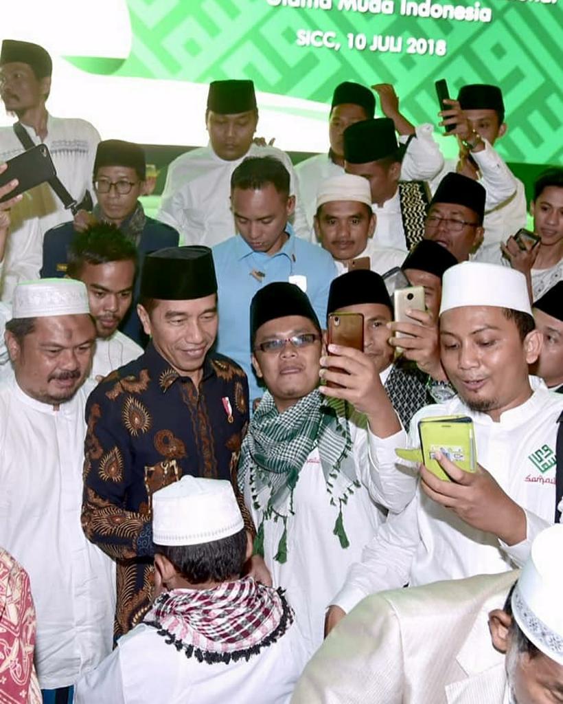 Ulama Muda dan Kiai Karismatik Deklarasi Dukung Jokowi