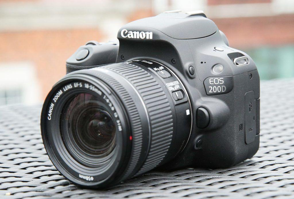 Khusus Fotografer, 5 Rekomendasi Kamera DSLR Canon Beraneka Harga