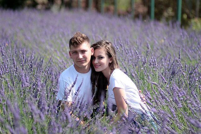 Cara Memberitahu Pasangan Kalau Kamu Memiliki Gangguan Kecemasan