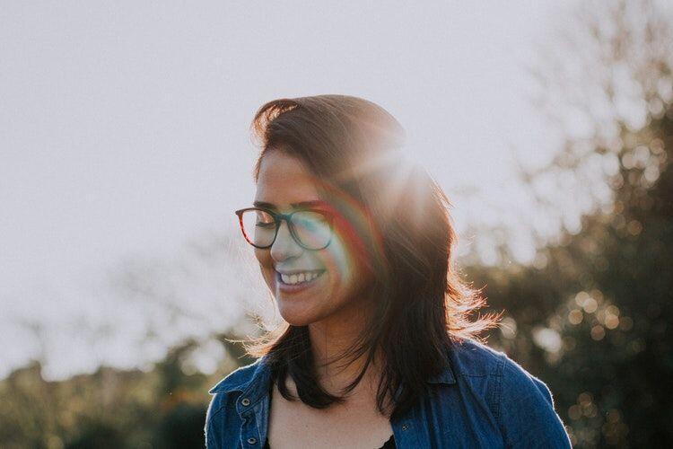 Bukan Jual Mahal, 5 Alasan Kenapa Cewek Usia 27 Masih Betah Sendirian