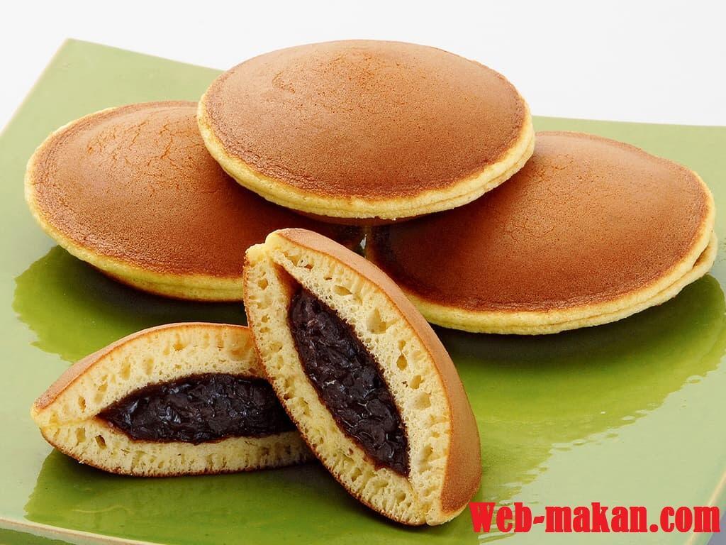 Berlibur ke jepang ? Jangan lupa coba 7 makanan khas jepang ini !!