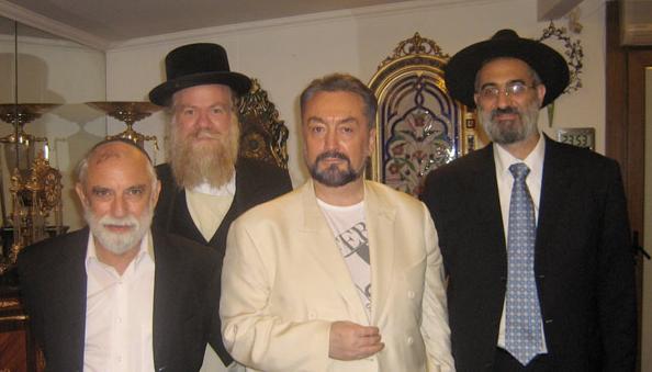 Harun Yahya: Anti-Teori Evolusi, Pernah Dijebloskan ke RSJ