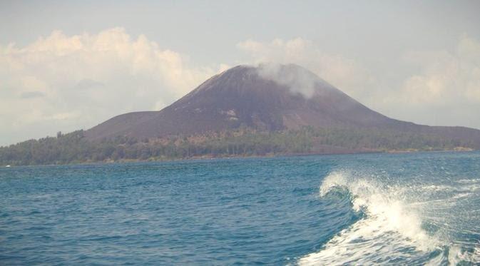 Gunung Anak Krakatau Kembali Meletus, Ada Lava Pijar