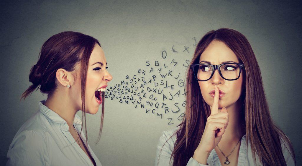 Daripada Dicap Jadi Tukang Kritik, Ini Cara Menyampaikannya yang Benar