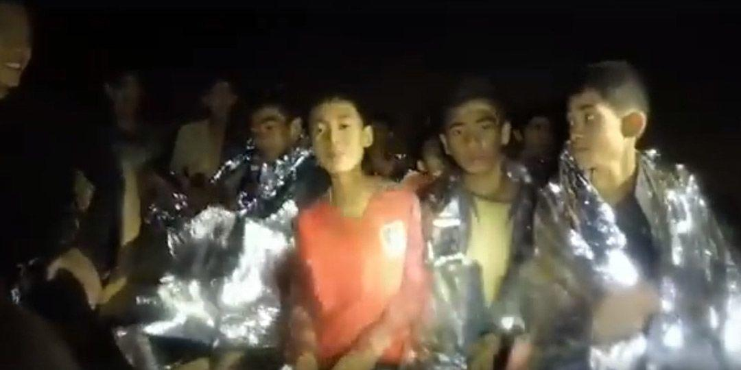 Manfaat Medis Anak-anak di Gua Thailand Diselimuti Aluminium Foil
