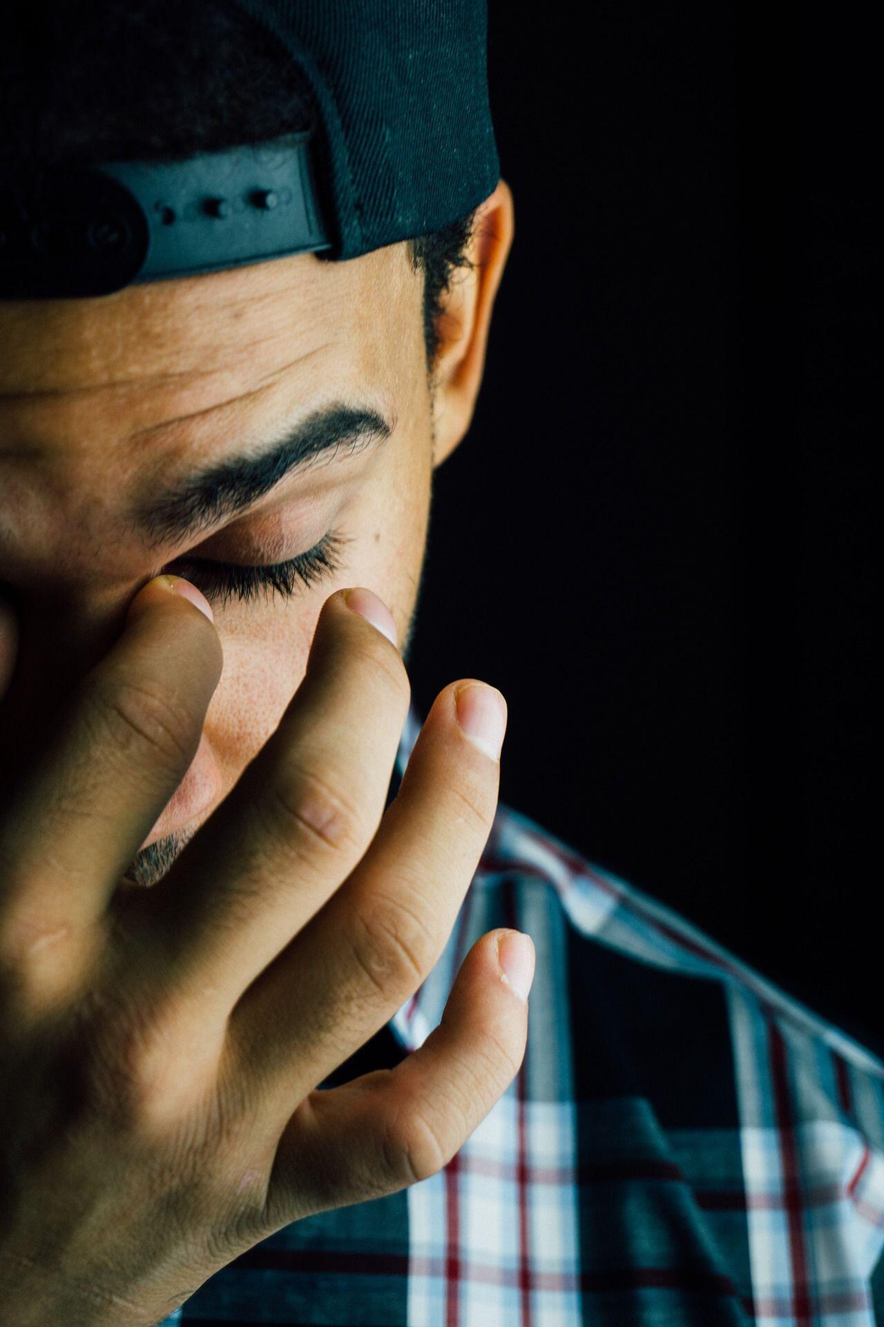 Buat Cowok, 5 Alasan Kamu Harus Berhenti Mencintai Cewek Posesif!