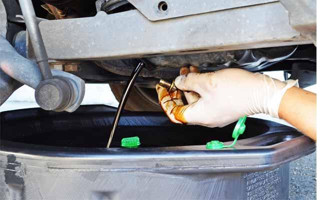 Begini 5 Cara Menghidupkan Mobil Tua yang Sudah Jarang Dipakai