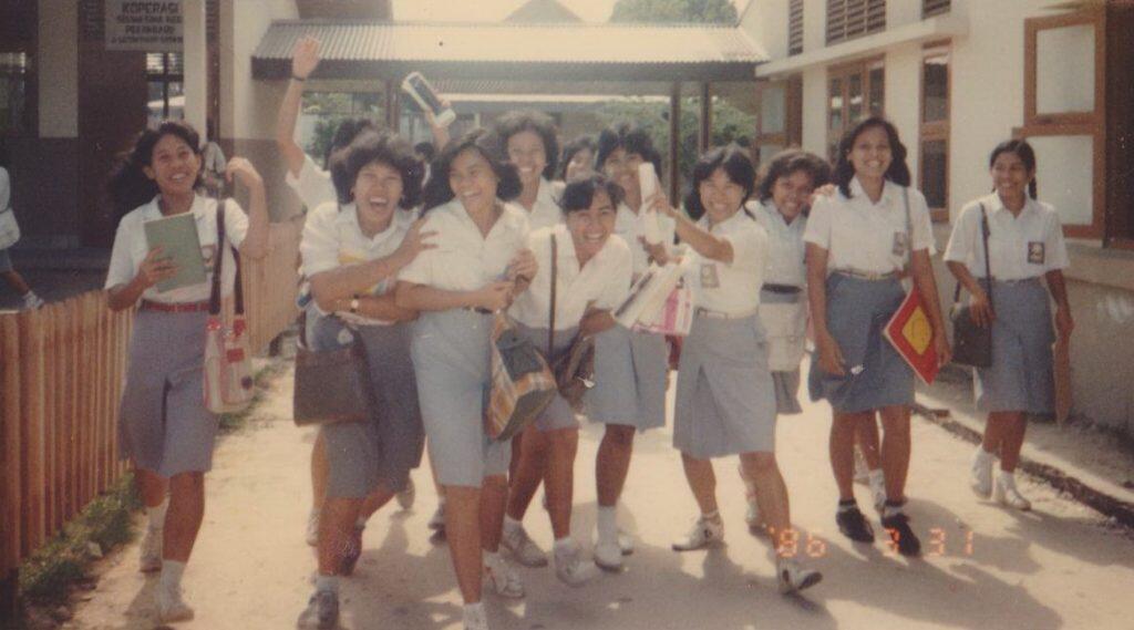 Perjuangan Mahasiswa Era 90 VS Mahasiswa Milenial 2k+