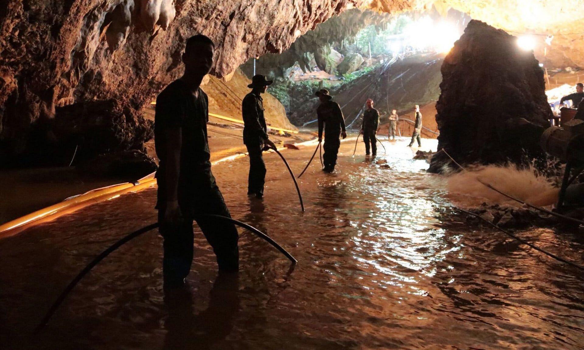 Hollywood Tertarik Buat Film Penyelamatan di Gua Thailand
