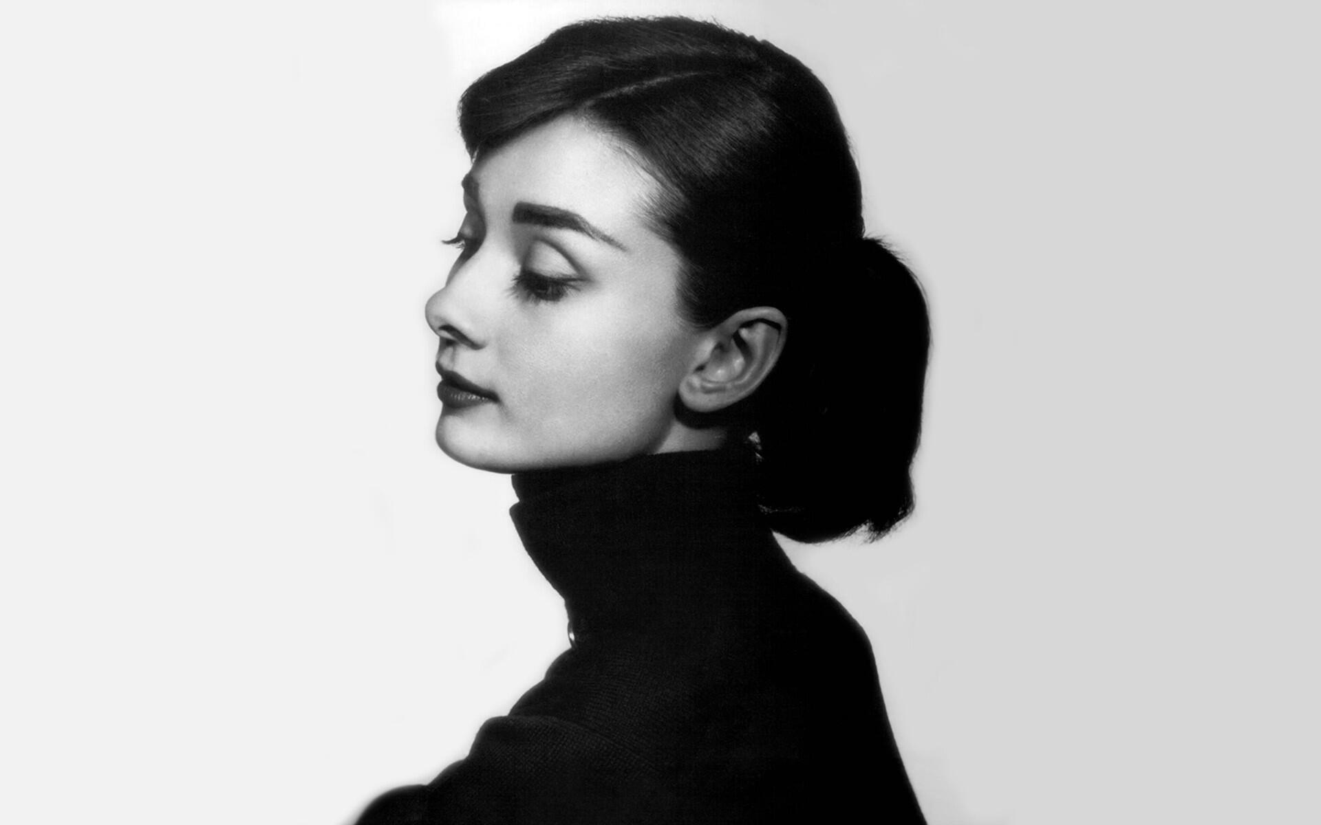 10 Kalimat Audrey Hepburn yang Jelaskan Makna 'Cantik' Sebenarnya