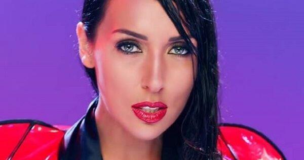 10 Pesona Alsou, Diva Rusia yang Raih Kesuksesan Karir Mirip Anggun