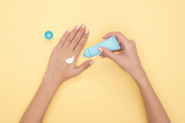 Daripada Dibuang, 5 Item Kosmetik Ini Bisa Dialihfungsikan Kegunaannya