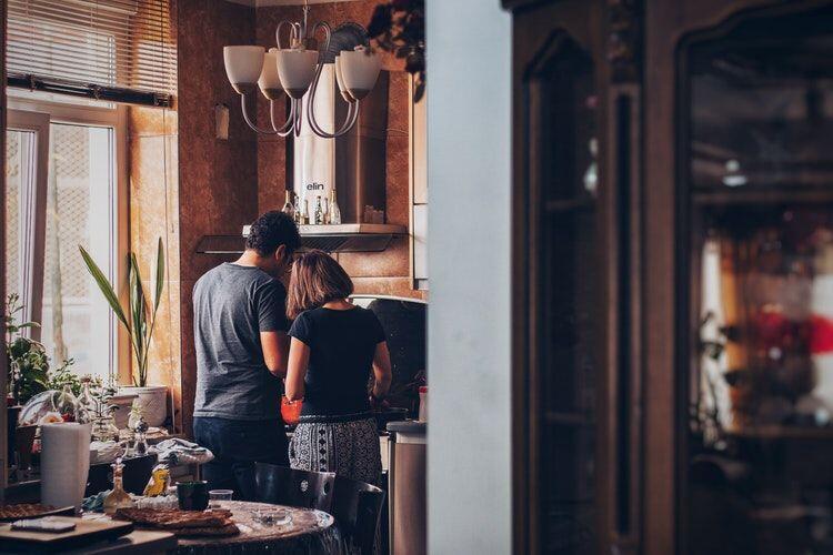 6 Kencan Anti-Mainstream yang Bisa Kamu Coba Bareng Pasangan