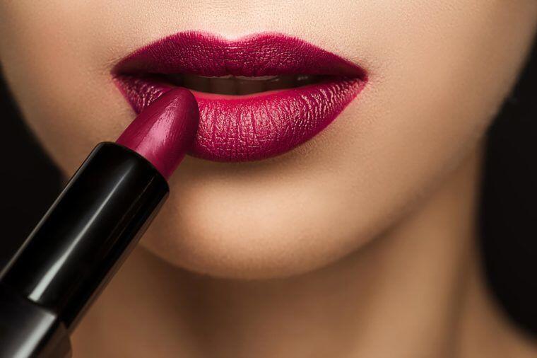 5 Produk Lipstik Artis Indonesia, Gak Kalah dari Buatan Luar Negeri