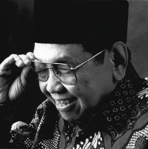Pemuda Indonesia Pemuda Yang Luar Biasa!!
